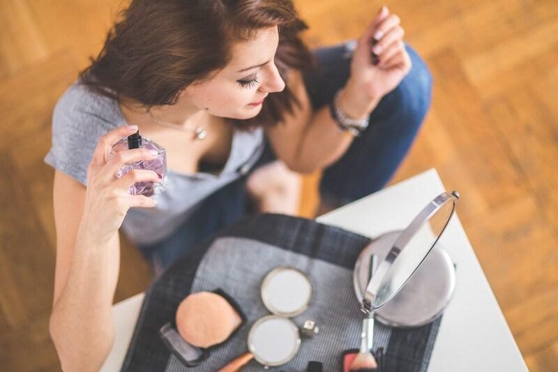 Descubre mitos y verdades en torno al uso de las fragancias